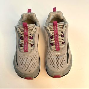 Altra Torin 4 Road Running Shoes